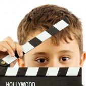 ما سيتعلمه طفلك بــ فصول التمثيل