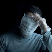 قناع الإنفلونزا: هل يجب عليّ ارتداؤه؟