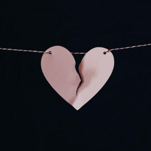 (10) خطوات لإنهاء علاقة محرمة (الخيانة)